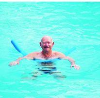 Proefles zwemmen met dementie