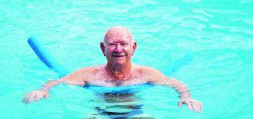 Nieuw: Zwemmen voor mensen met dementie van start in zwembad De Hoorn